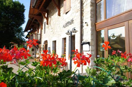 Vacancéole - Auberge de Motz : Guest accommodation near Anglefort