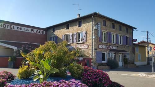 Hotel de la Place : Hotel near Leyrieu