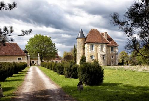Château de Saint Georges : Bed and Breakfast near Bourges