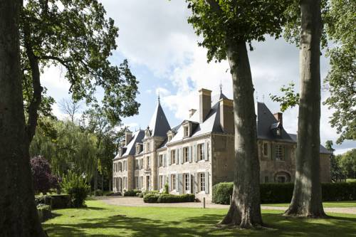 Château de Planchevienne : Bed and Breakfast near Urzy