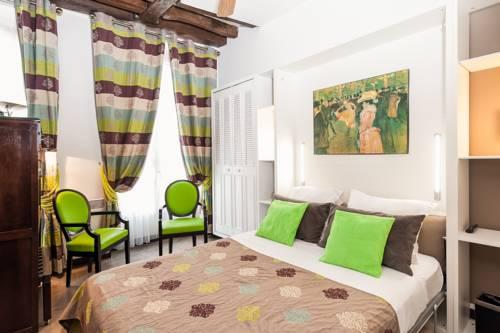 Hotel Bersolys Saint-Germain : Hotel near Paris 7e Arrondissement