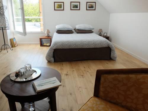 La Croix Tout Blanc : Bed and Breakfast near Saint-Jean-de-la-Croix