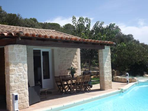 Gite les bois : Bed and Breakfast near Aniane