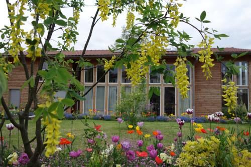 Maison Addama : Guest accommodation near Saint-Maurice-de-Beynost