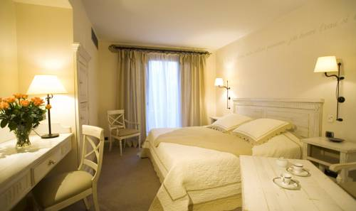 Domaine de Clairefontaine : Hotel near Saint-Prim