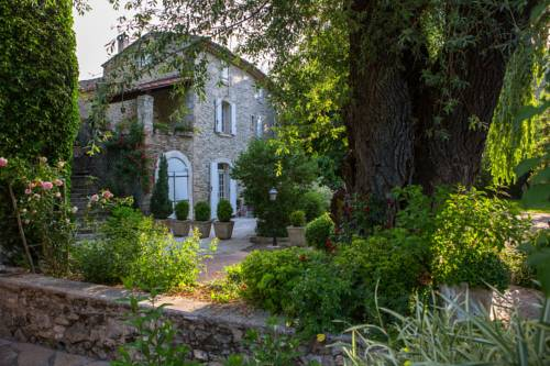 La Campagne St Lazare : Guest accommodation near Mane