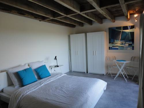 Arc-En-Ciel Vacances : Bed and Breakfast near Arnac-Pompadour