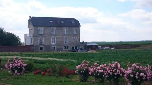 Gîte De Bernes : Guest accommodation near Jeancourt