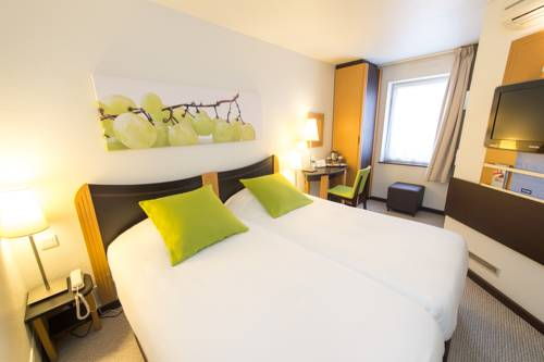 Kyriad Villefranche Sur Saone : Hotel near Arnas