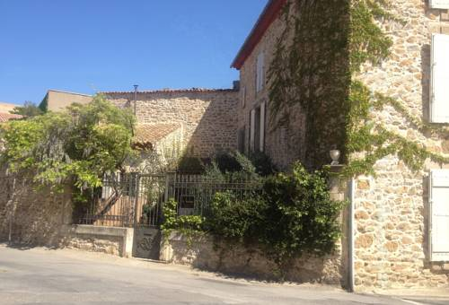 Le Bobo : Bed and Breakfast near Aigues-Vives
