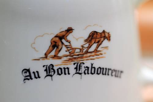 Au Bon Laboureur : Hotel near Everly