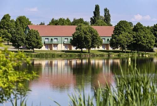 ibis Styles Bourbon Lancy : Hotel near Garnat-sur-Engièvre