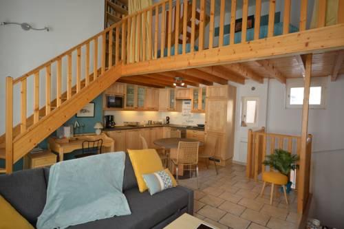 Triplex Sainte Anne : Hotel near Vaucluse