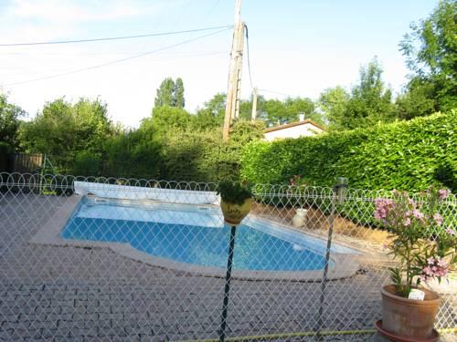 Le Marverand : Guest accommodation near Arnas