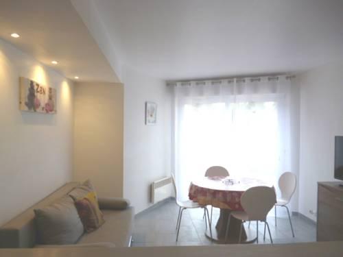 Le Milliacois : Apartment near Tousson