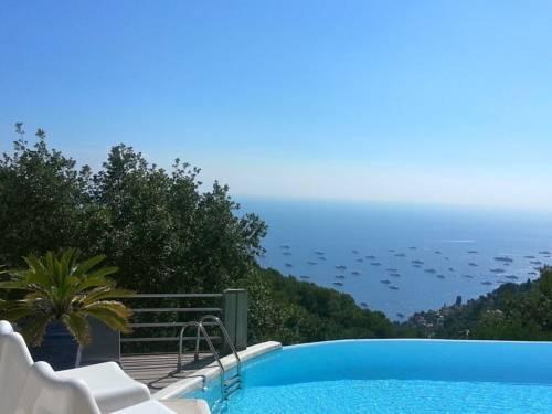 Spacious Dream Villa near Monaco : Guest accommodation near Gorbio