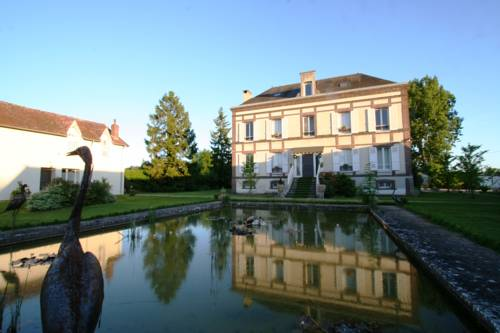 Le Gingko - Hotel du Golf Parc Robert Hersant : Hotel near Saint-Illiers-le-Bois
