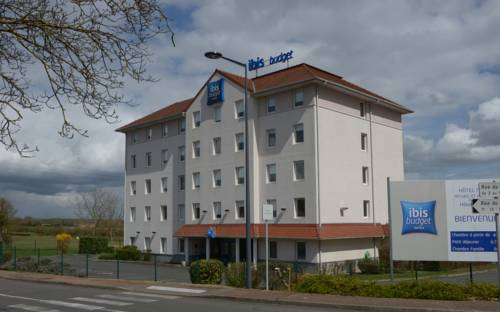 ibis budget Nevers Varennes Vauzelles : Hotel near Fourchambault