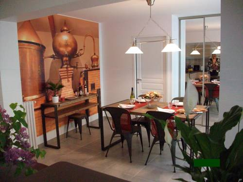 Alambic Residence : Hotel near Charente-Maritime
