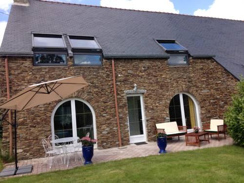 Elégante maison bretonne : Guest accommodation near Montanel