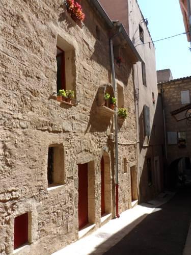 La Ruche and Le Pot de Miel : Guest accommodation near Pézenas