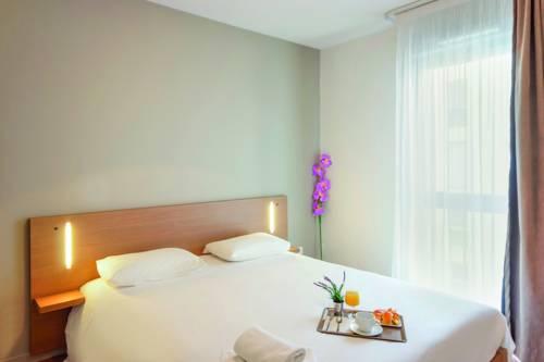 Appart'City Valence Centre : Guest accommodation near Valence