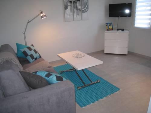 Carlotta : Apartment near Cannes