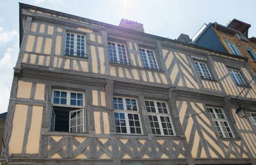 Marnie et Mister H : Bed and Breakfast near Rennes