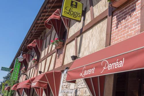 Hotel Restaurant Laurent Perreal : Hotel near Saint-Didier-d'Aussiat