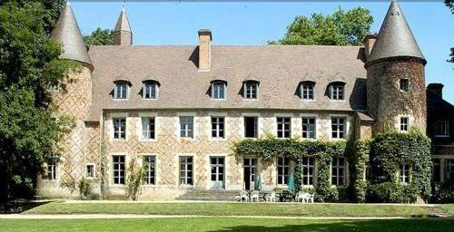 Château de Paray le Frésil : Bed and Breakfast near Saint-Martin-des-Lais