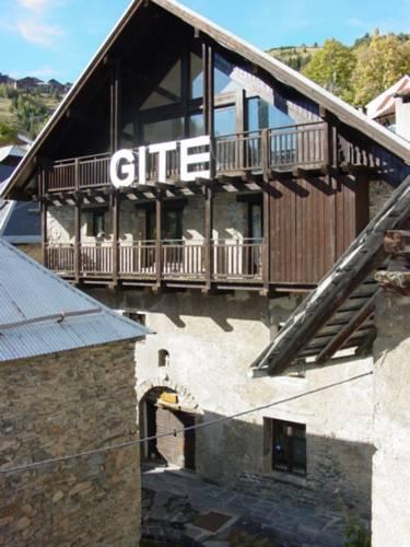 Gite L'Aurienchon : Bed and Breakfast near Auris