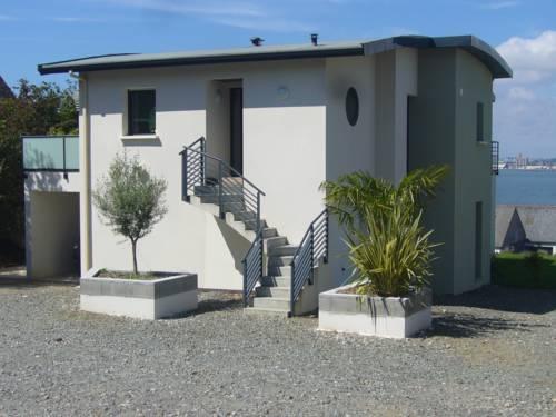 Ti Case À Majo : Guest accommodation near Le Relecq-Kerhuon