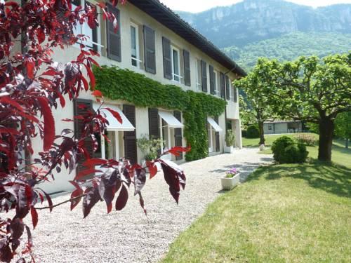 Chambres d'hôtes La Buissounette : Bed and Breakfast near Voreppe