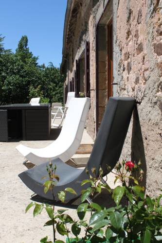 La Grande Maison de Pont Lung : Guest accommodation near Bourbon-l'Archambault