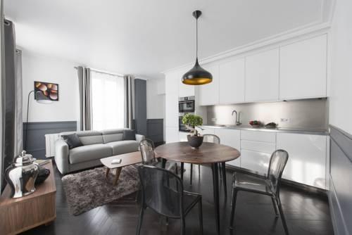 Black Pearl : Apartment near Paris 3e Arrondissement