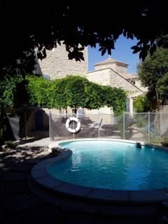 château de la Ronde 11Jhdt- : Guest accommodation near Montpezat