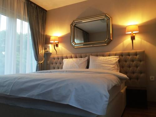 Les Suites de Genève - Hotel de l'Allondon : Hotel near Saint-Jean-de-Gonville
