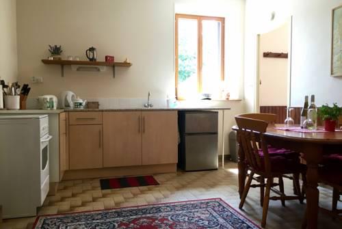 Le Gite de Châtaigne : Guest accommodation near Lescouët-Gouarec