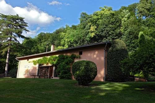 La Garenne : Bed and Breakfast near Savigneux