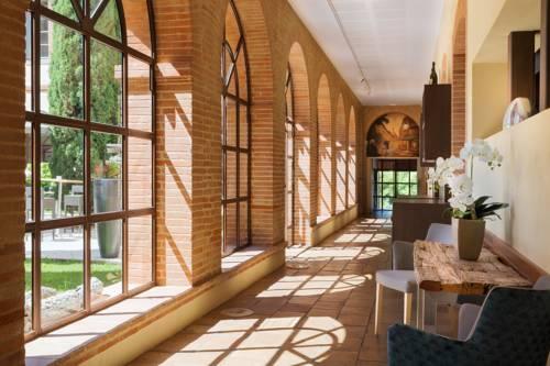 Abbaye des Capucins Spa & Resort - BW Premier Collection : Hotel near Montauban
