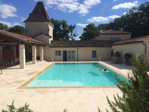 Catreille : Guest accommodation near Bonas