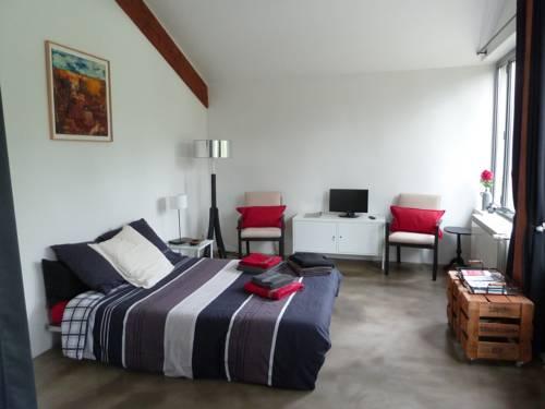 Maisonnette Tassin : Guest accommodation near Grézieu-la-Varenne