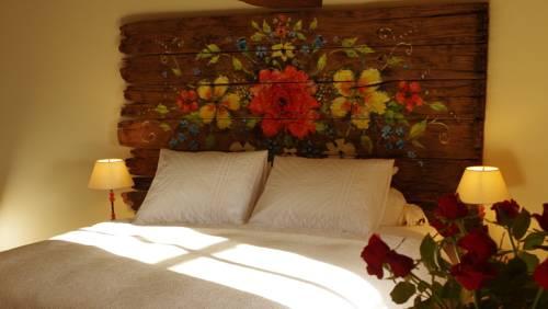 La Rose Rouge : Bed and Breakfast near Glux-en-Glenne