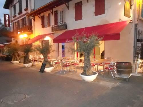 Hôtel Du Midi : Hotel near Cazaubon