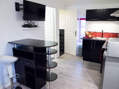 Appartement Louis Plasse : Apartment near Messimy-sur-Saône