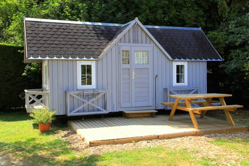 Camping Ile de Boulancourt : Guest accommodation near Blandy