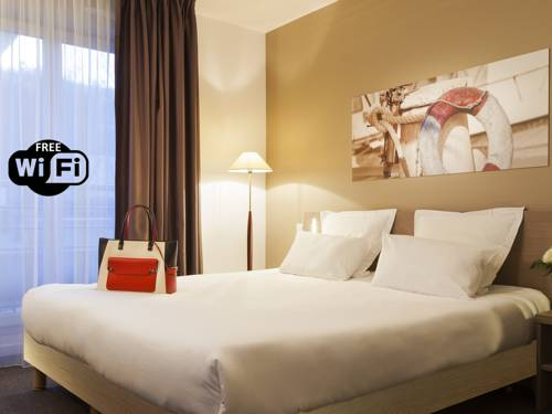 Comfort Suites Le-Port-Marly Paris Ouest : Hotel near Le Port-Marly