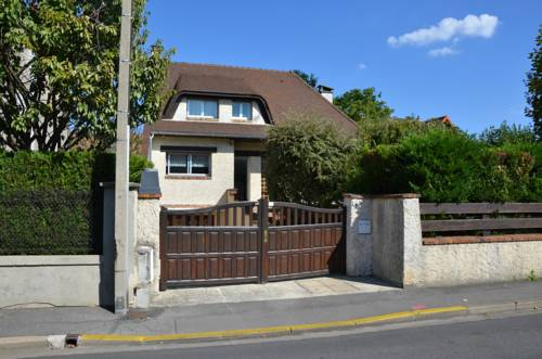 La Zen Attitude : Guest accommodation near Livry-Gargan