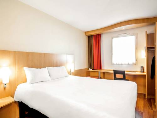 ibis Montauban : Hotel near Montauban