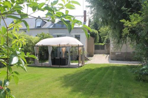Vue sur Loire : Guest accommodation near Saint-Martin-le-Beau